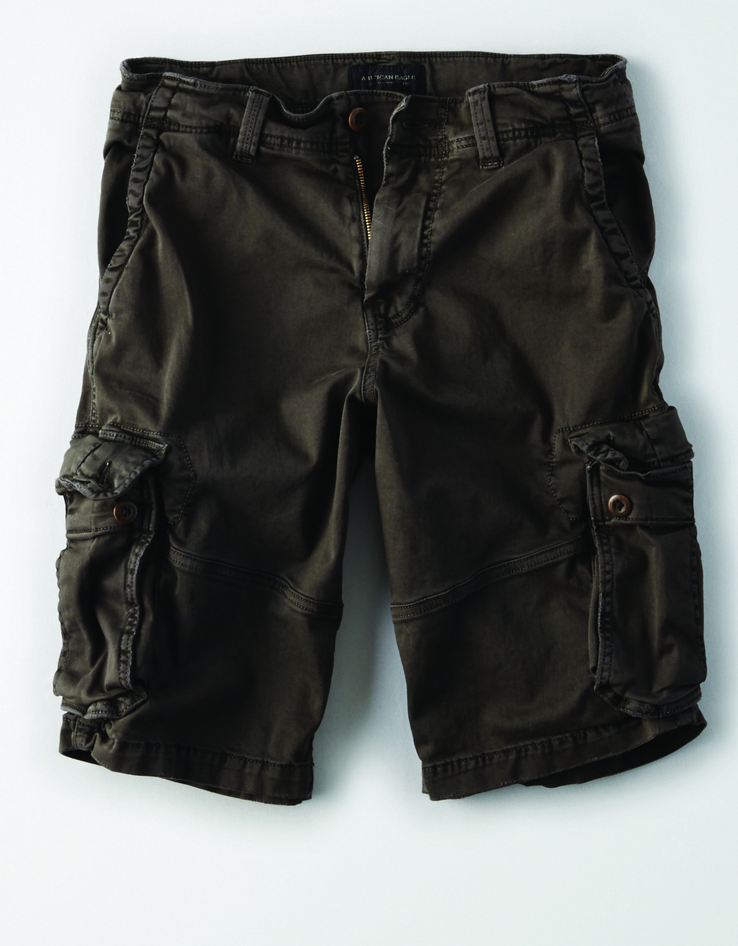 AE - M - Apparel - LONGER LENGTH CARGO - Faded Black - Brown buttons - zipper fly - no destroy BG *Tracked