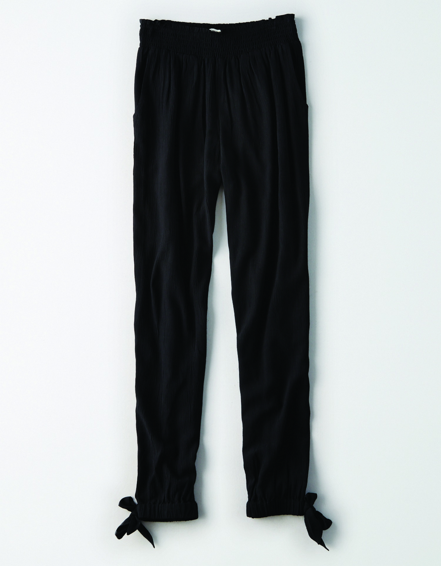 AE - INTL - Apparel - W - Jogger Pant - True Black - Solid Color - ties on ankles - light flow fabric KS
