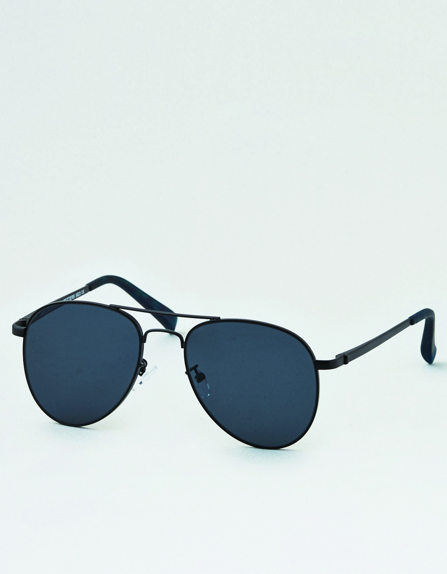 AE - M - Accessories - BLACK PILOT SUNGLASSES - solid color - wire frame - flat aviator black lens AL *Tracked